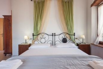 the top roof suite..a charming old style room